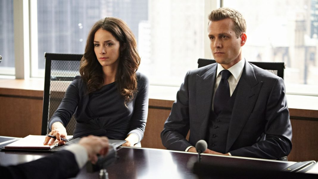 Watch Suits Season 2 Online For Free In HD 1080p
