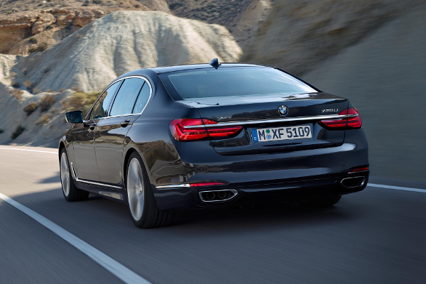 BMW 7 series 2016: modern features in two beautiful new 7 series
