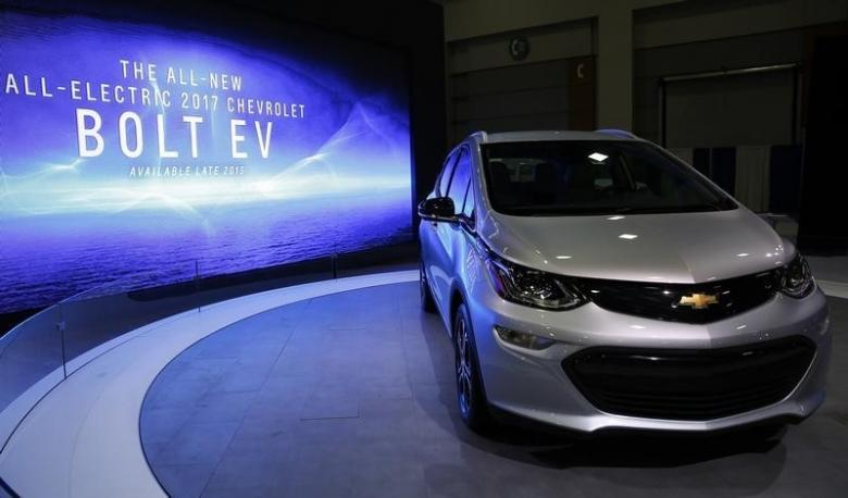 2017 Chevrolet Bolt Ev Release Date Specs Production Of Tesla