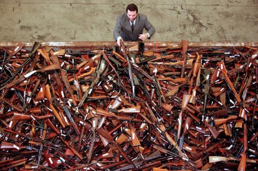 Australia recovers 57000 weapons through amnesty deal